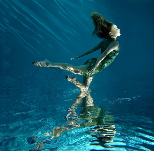 Underwater Dance Photography
