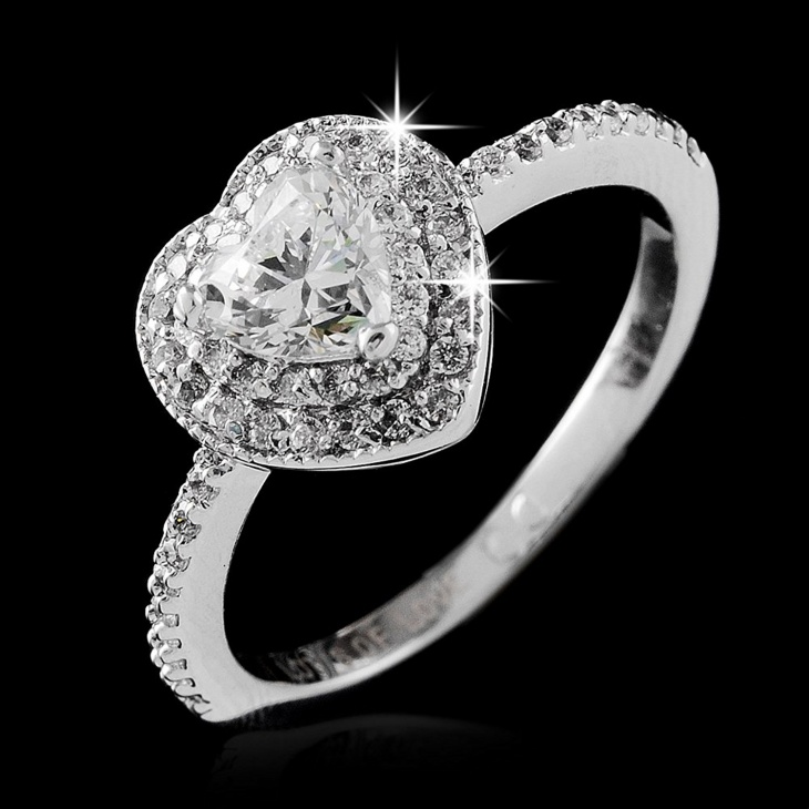 heart shaped solitaire diamond ring