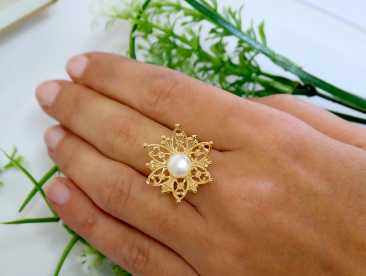 flower pearl wedding ring design