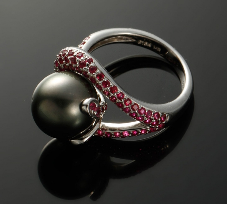 Black Pearl Wedding Ring