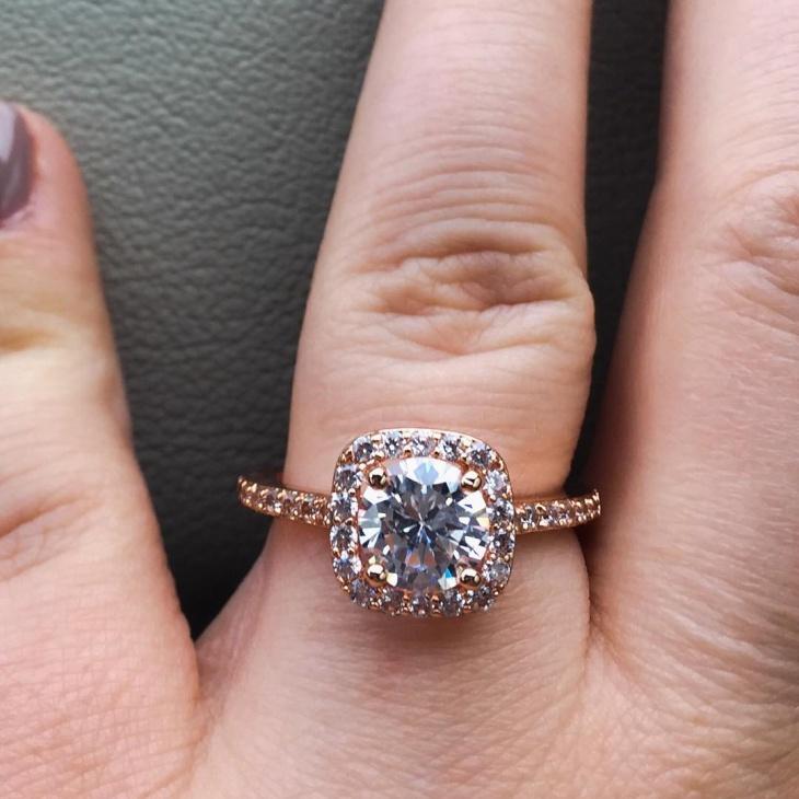 rose gold halo wedding ring