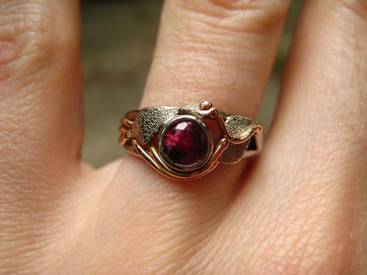 ruby gold wedding ring