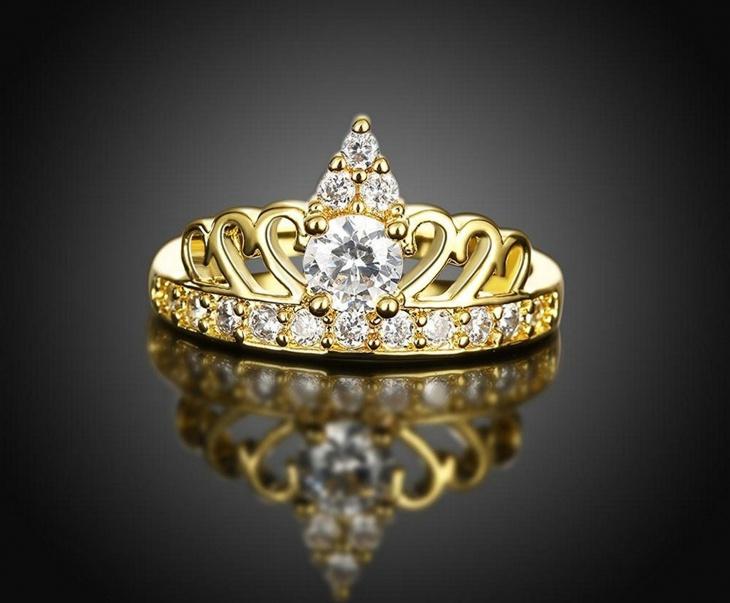 gold crown wedding ring