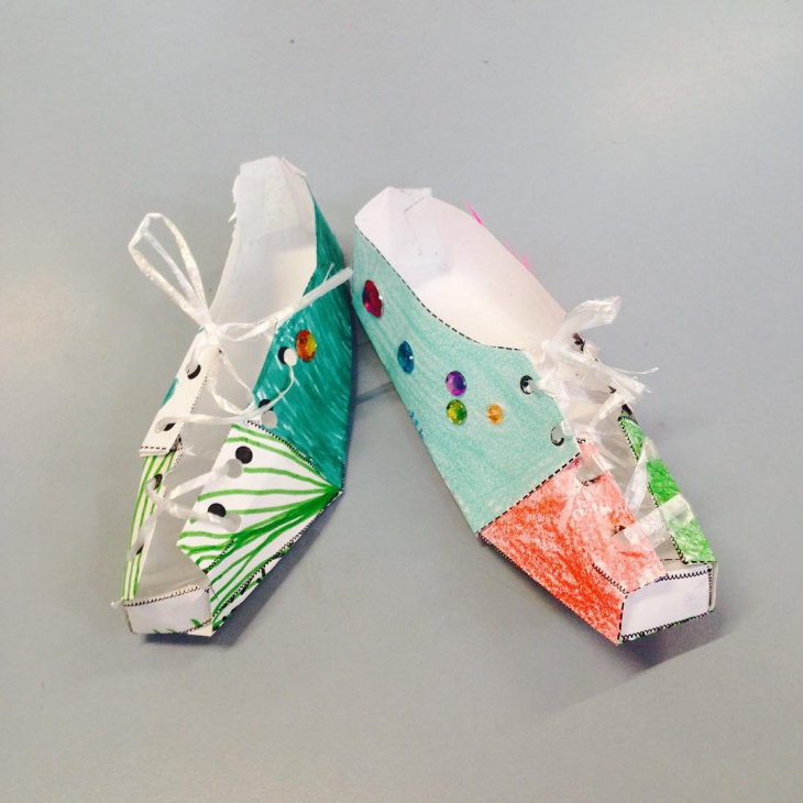 Handpainted Paper Shoes Design