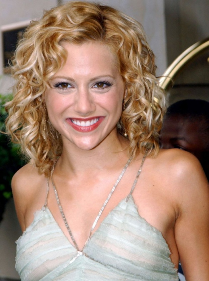 Brittany Murphy Short Curly Prom Hairstyle