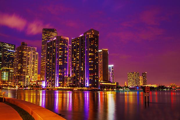 miami city night photography