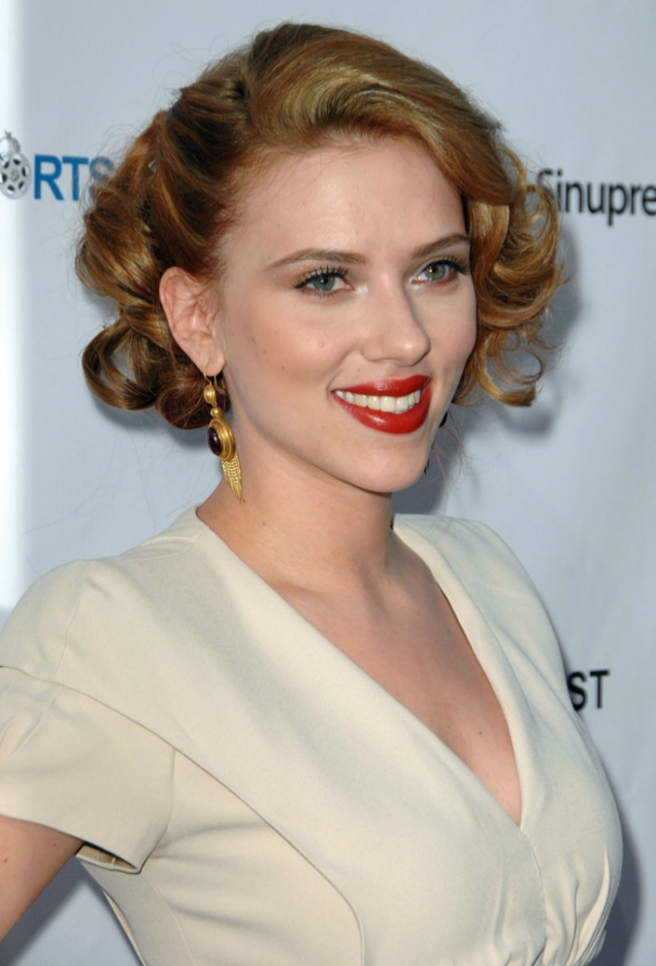 Scarlett Johansson Prom Updo Hairstyle for Medium Hair