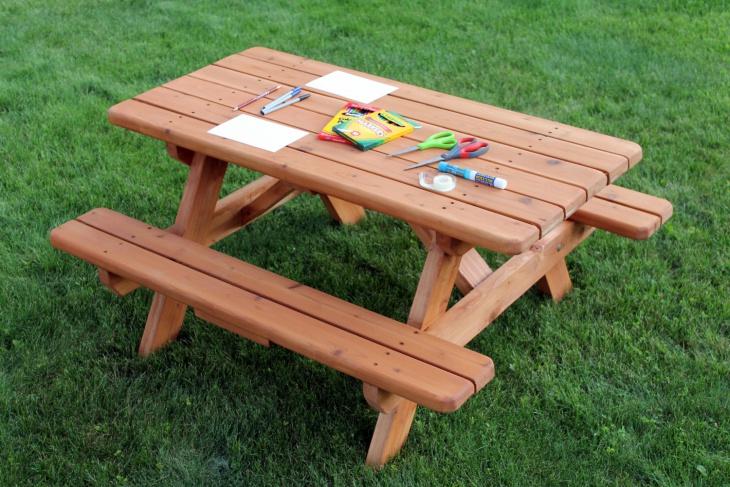 Kid's Wood Outdoor Furniture