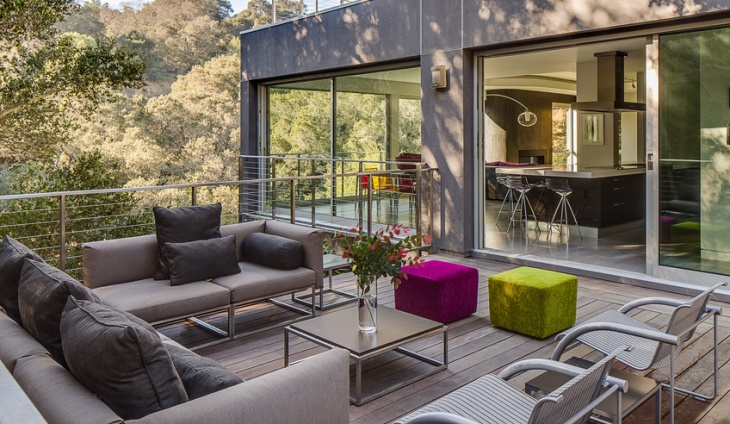 Modern Outdoor Living Furniture