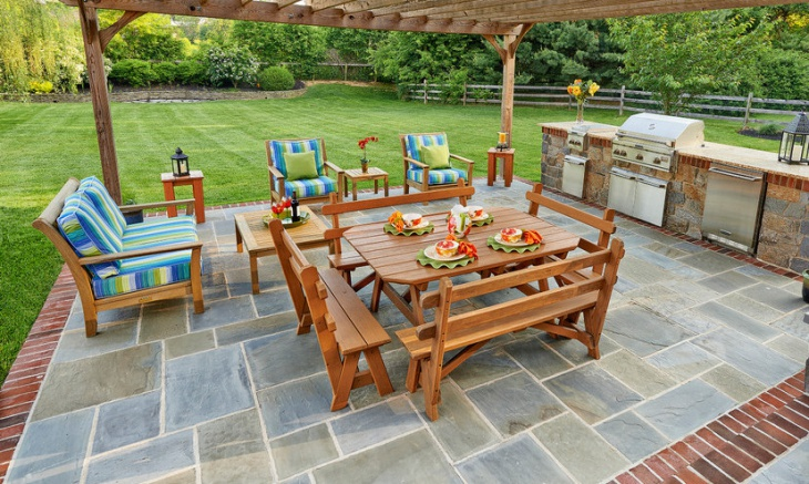 Outdoor Solid Wood Furniture