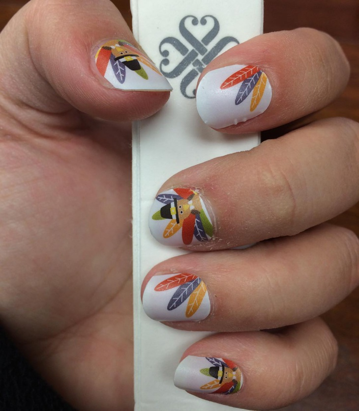 thanksgiving white feathers nails