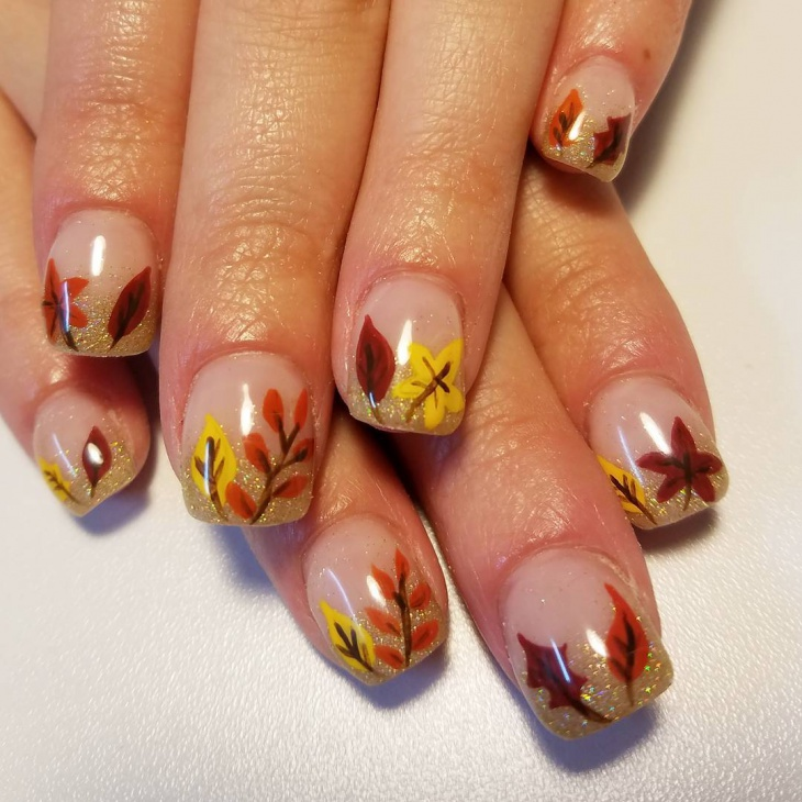 thanksgiving fall leaf glitter nails