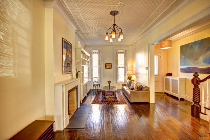 Spacious Rectangular Living Room Design