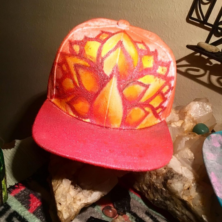 flower-art-trippy-hat