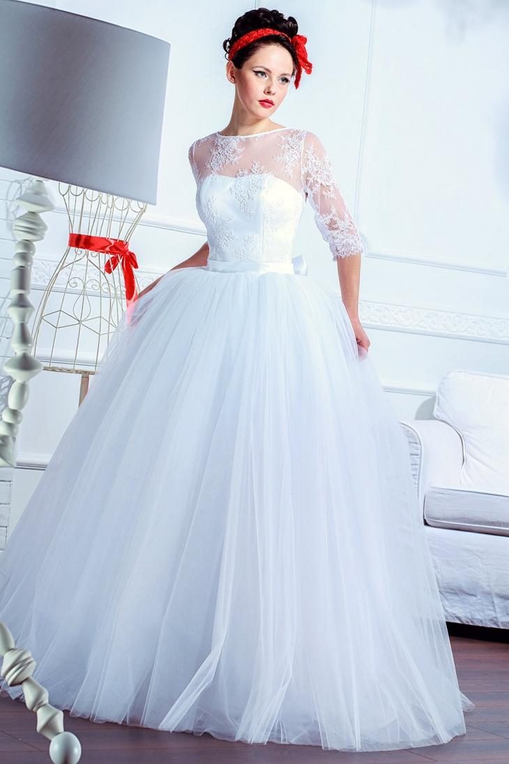 white vintage maxi dress