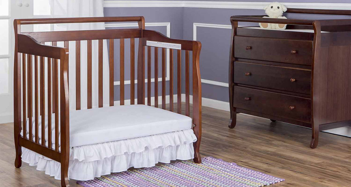 dream on me 4 in 1 portable convertible crib