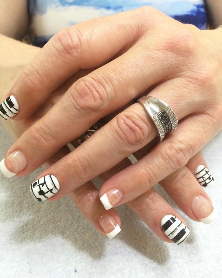 piano nail design for short nails