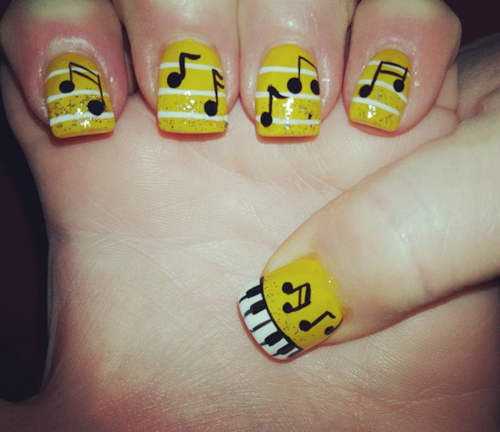 Yellow Short Piano Nail Art