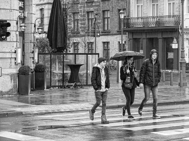 street rain photography