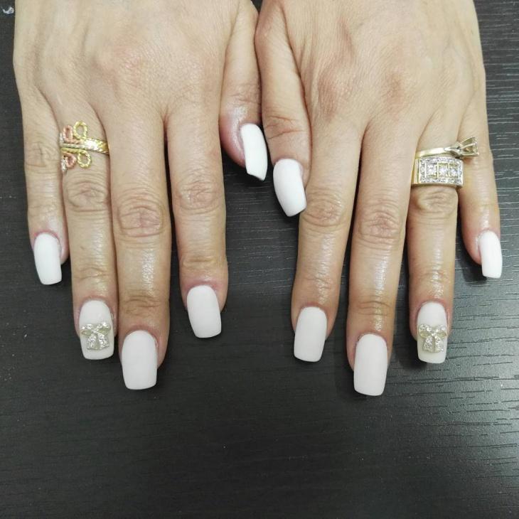 white matte gel nail design1