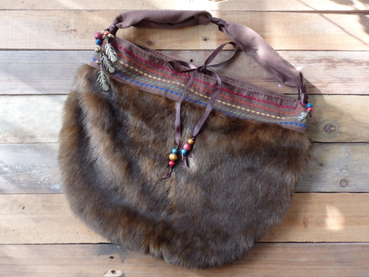 fur hobo handbag design