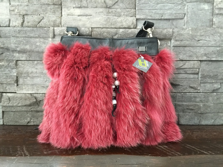 pink fur handbag design