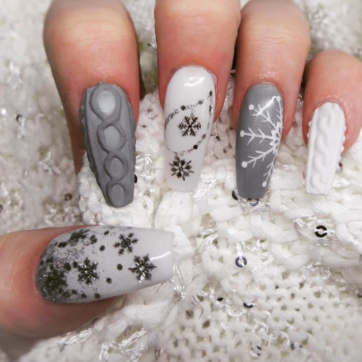 Christmas Glitter Sweater Nail Art - 36+ Christmas Nail Designs, Ideas Design Trends - Premium PSD