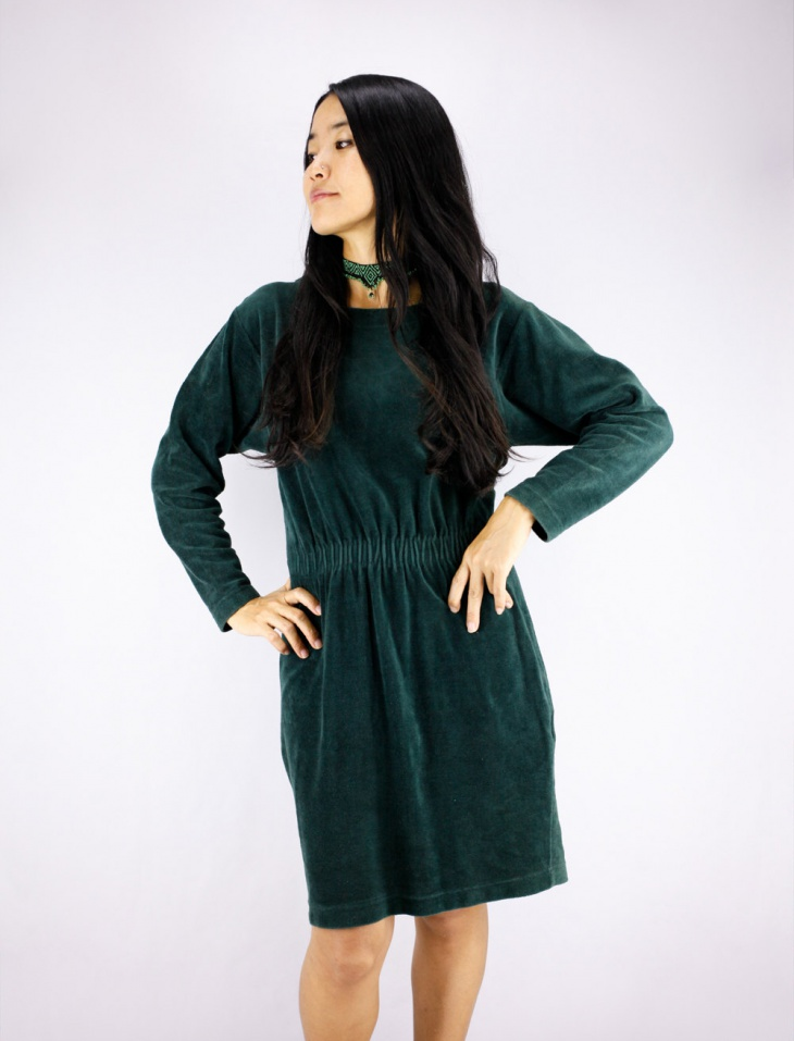 green velvet christmas dress