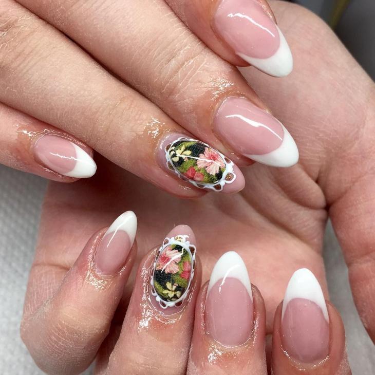 floral baroque nail design
