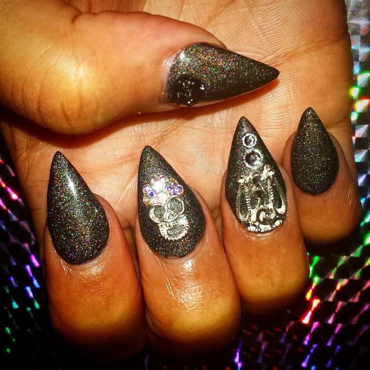 glitter baroque nail art design