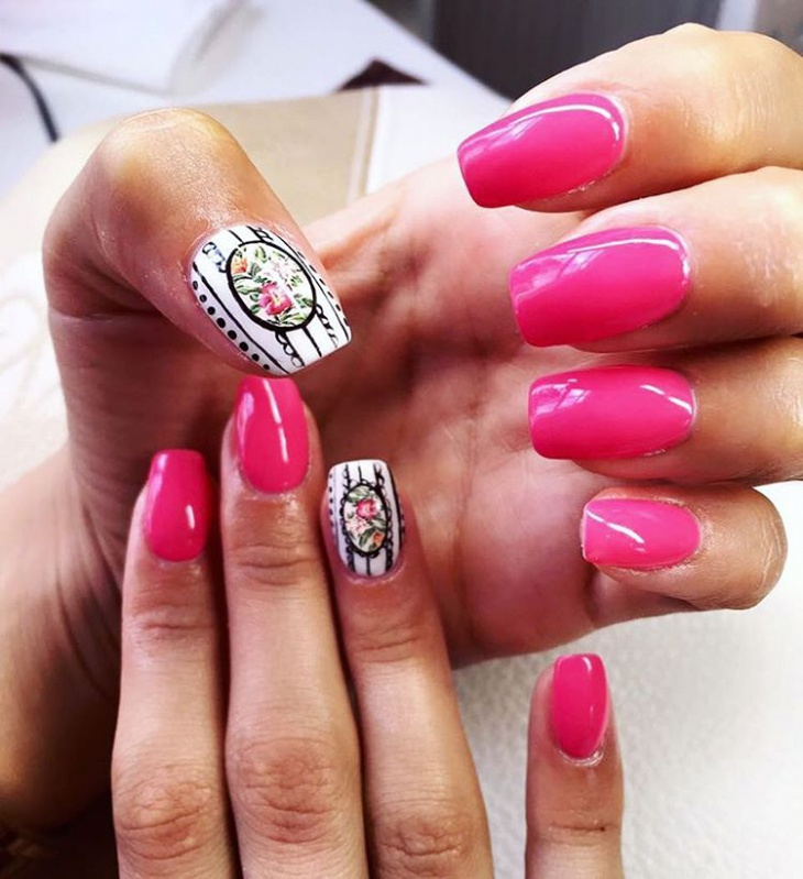 Simple Baroque Style Nail Art
