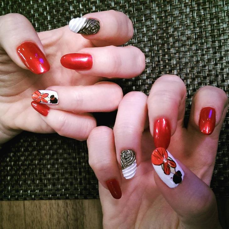 classy baroque nail design