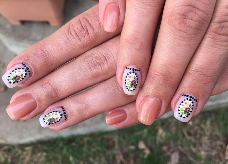 dotted baroque nail art