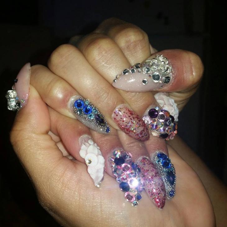 3d baroque nail design