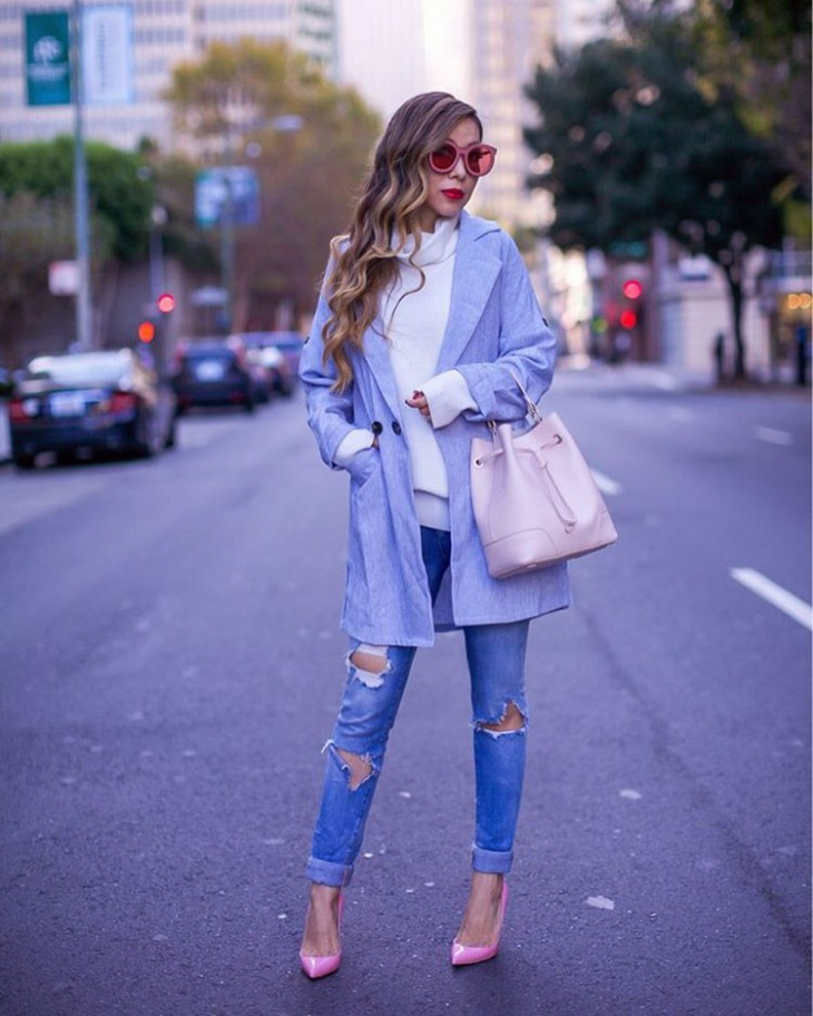 comfortable thanksgiving coat outfit
