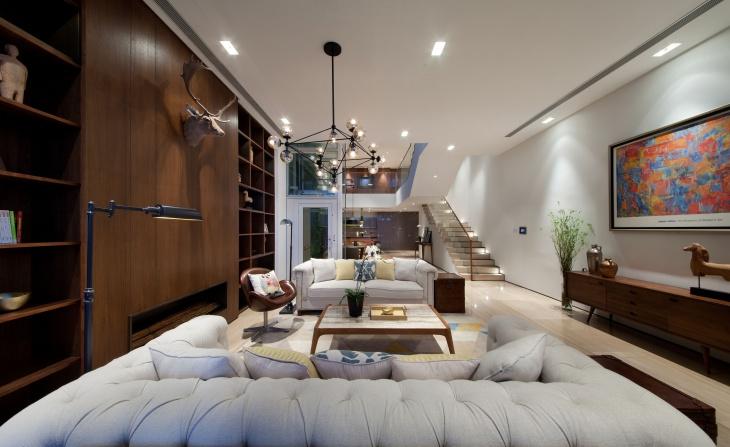 a-plush-drawing-room