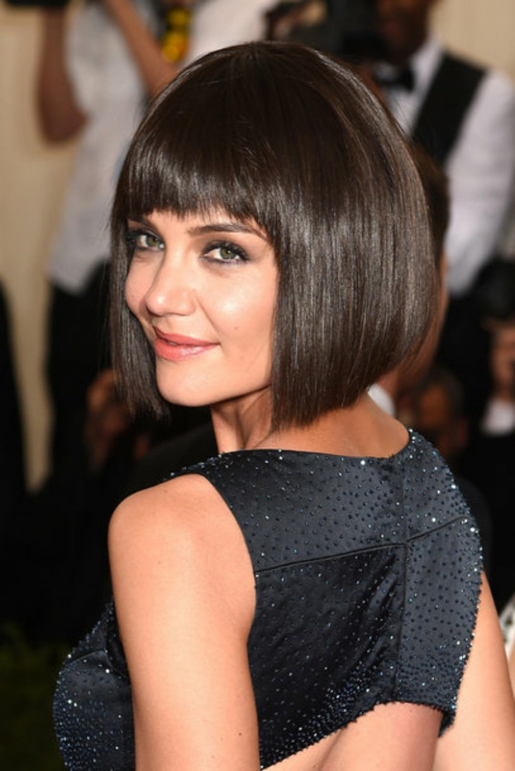 Katie Holmes Short Bob Hairstyle for Christmas
