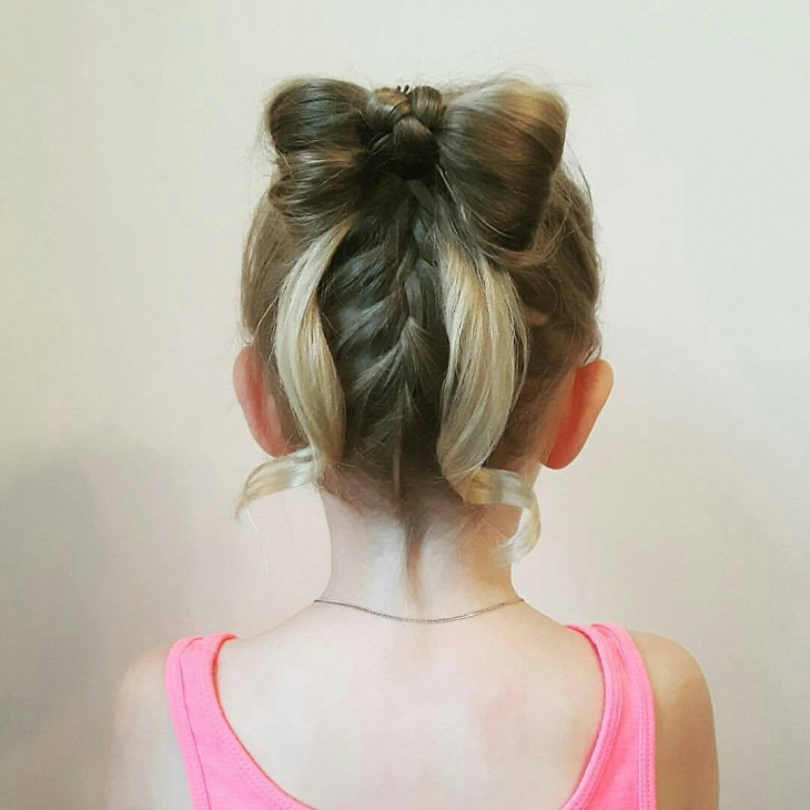 Kid's Christmas Bun Hairstyle
