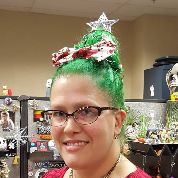 Christmas Tree Bow Hairstyle