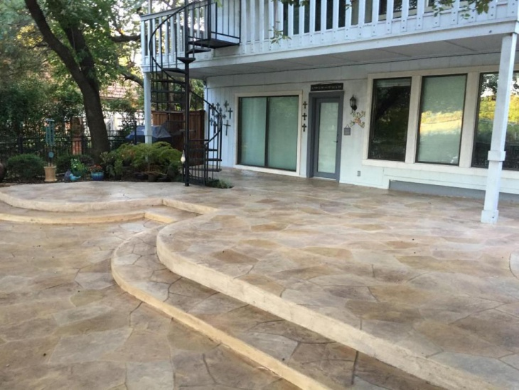 imprinted concrete patio idea