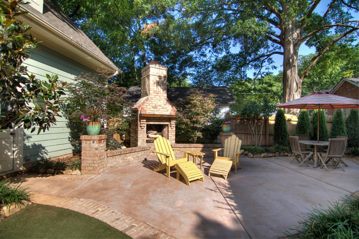 Cottage Stained Concrete Patio Design