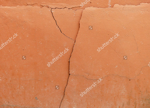 grunge crack concrete wall texture