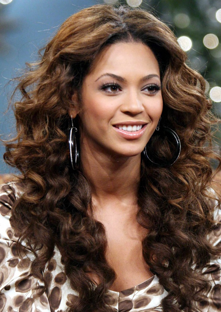 Beyonce Curly Layered Long Hairstyle