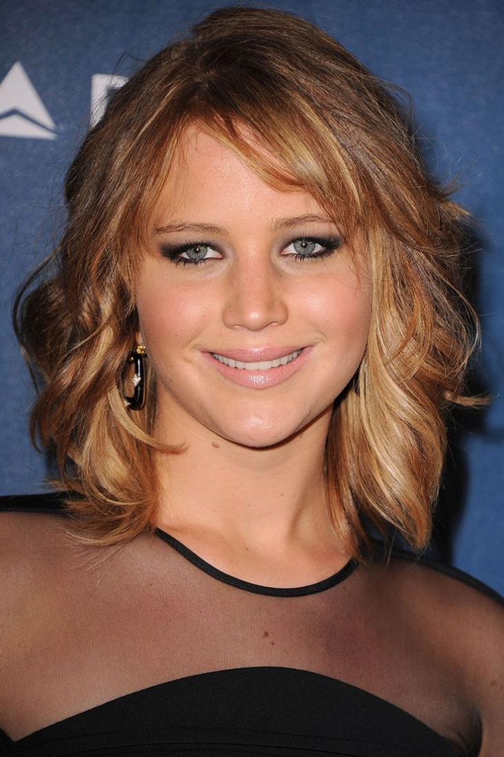 Jennifer Lawrence Long Bob Hairstyle with Bangs