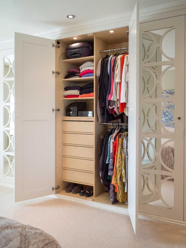 Small Wardrobe Storage Idea