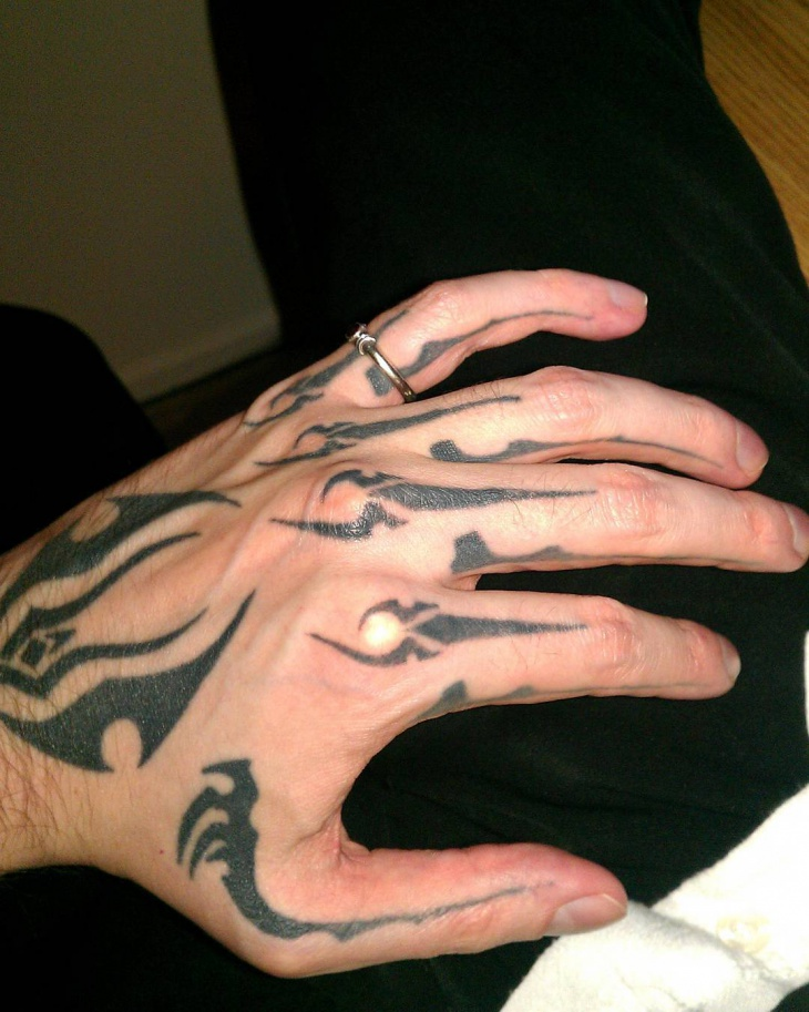 Men's Tribal Hand Tattoo