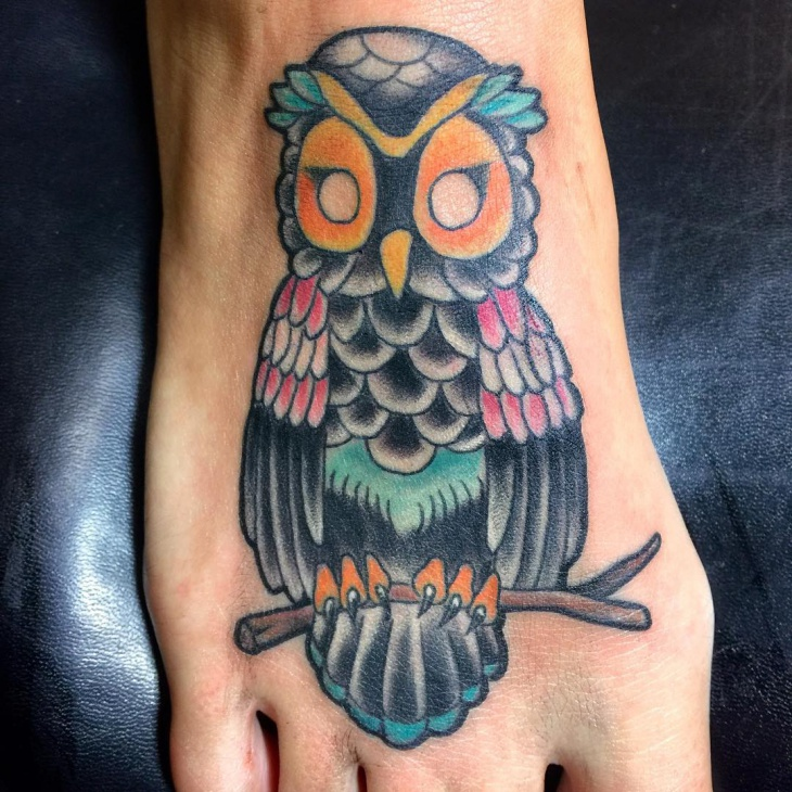neo traditional owl tattoo design