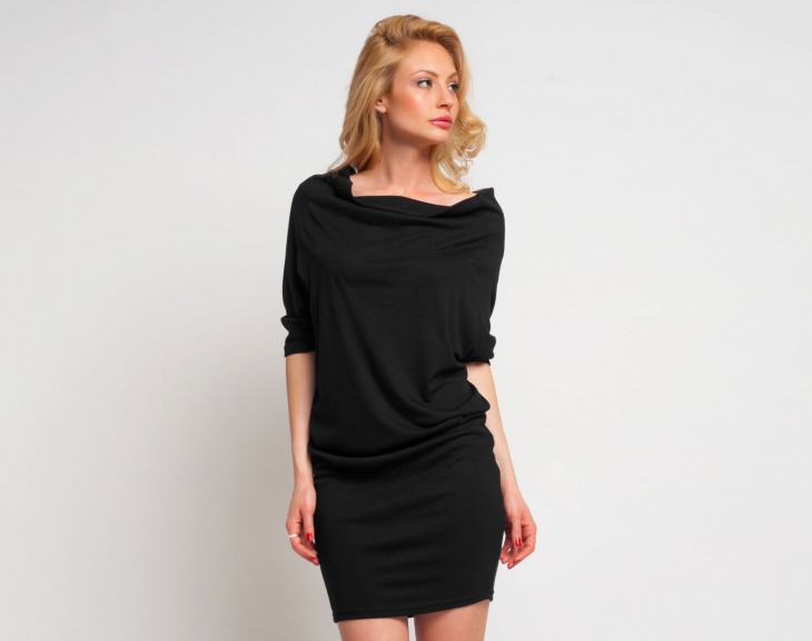 casual short black dress