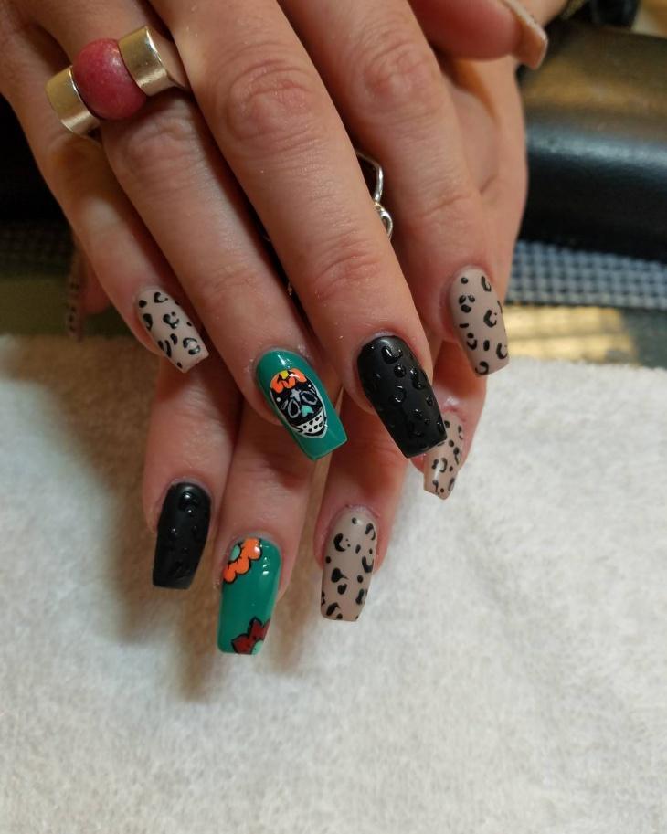 mexican sugar skull nail art