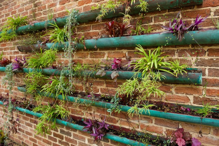 Outdoor Vertical Garden Design